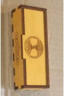 Руны деревянные в шкатулке  3.Жёлтый цвет